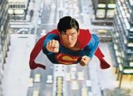 PIX-4-Superman_flying2